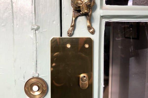 unusual locksmith repair
